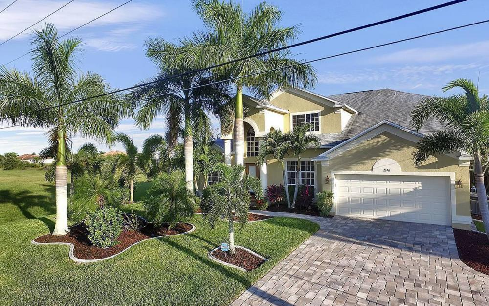2616 Surfside Blvd, Cape Coral - House For Sale 1834309787
