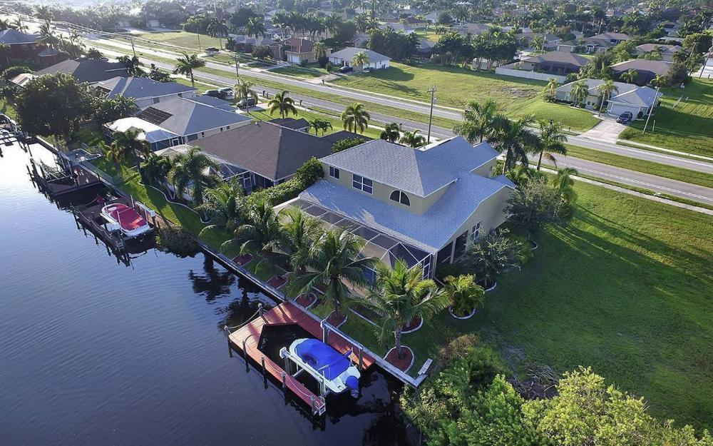 2616 Surfside Blvd, Cape Coral - House For Sale 2072469737