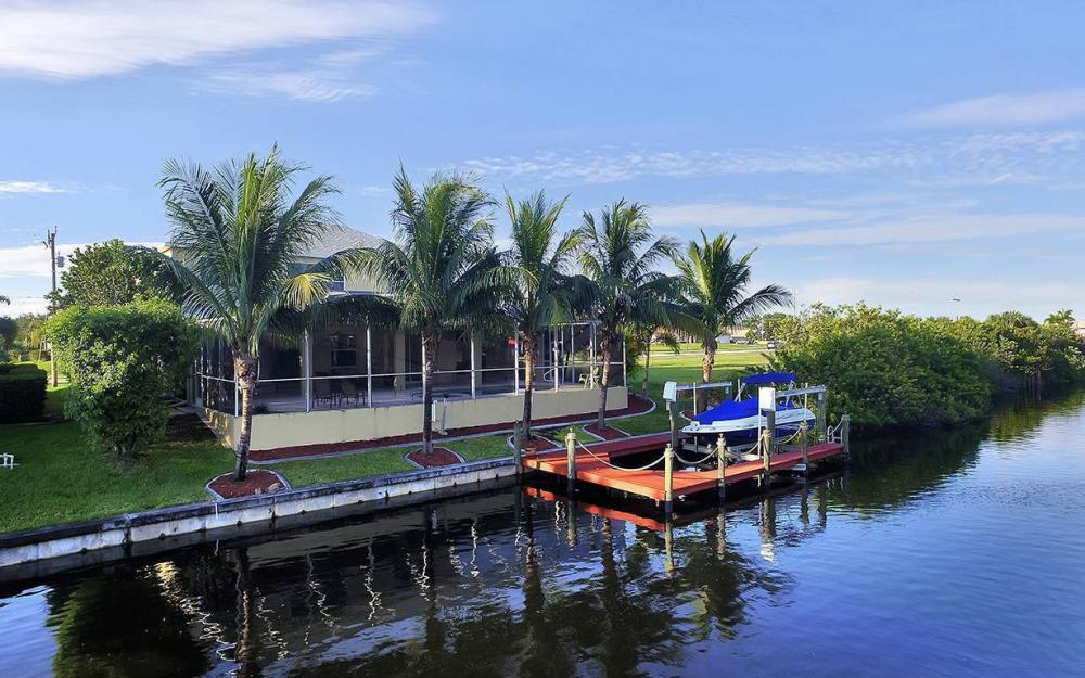 2616 Surfside Blvd, Cape Coral - House For Sale 1663064421