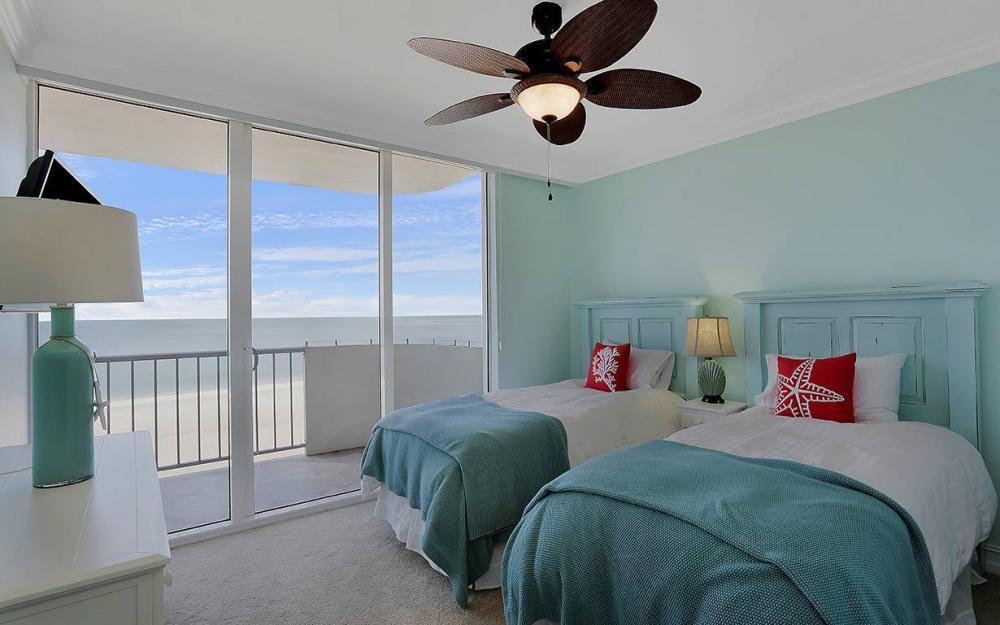 140 Seaview Ct, Marco Island - Condo For Sale 508433871