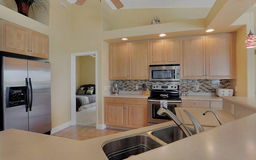 3303 NW 2nd St, Cape Coral - House For Sale 1749296179