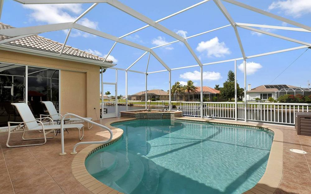 3303 NW 2nd St, Cape Coral - House For Sale 1802687084