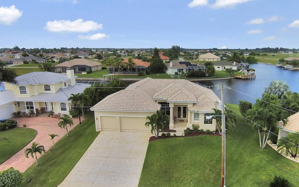 3303 NW 2nd St, Cape Coral - House For Sale 1652697137