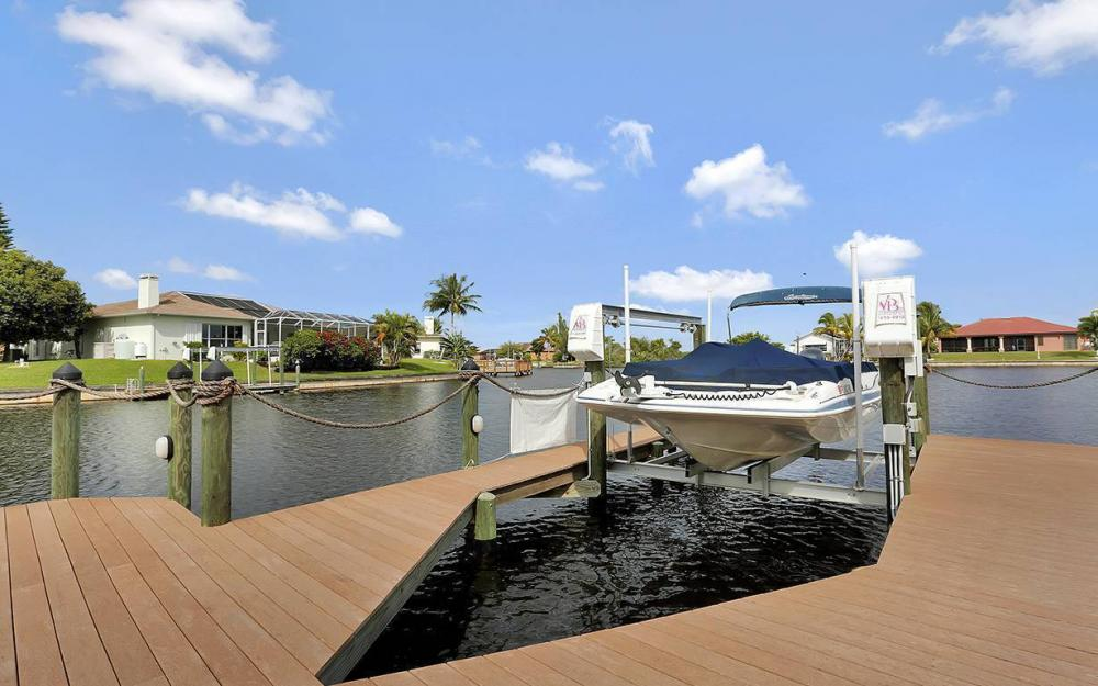 3303 NW 2nd St, Cape Coral - House For Sale 1784872278