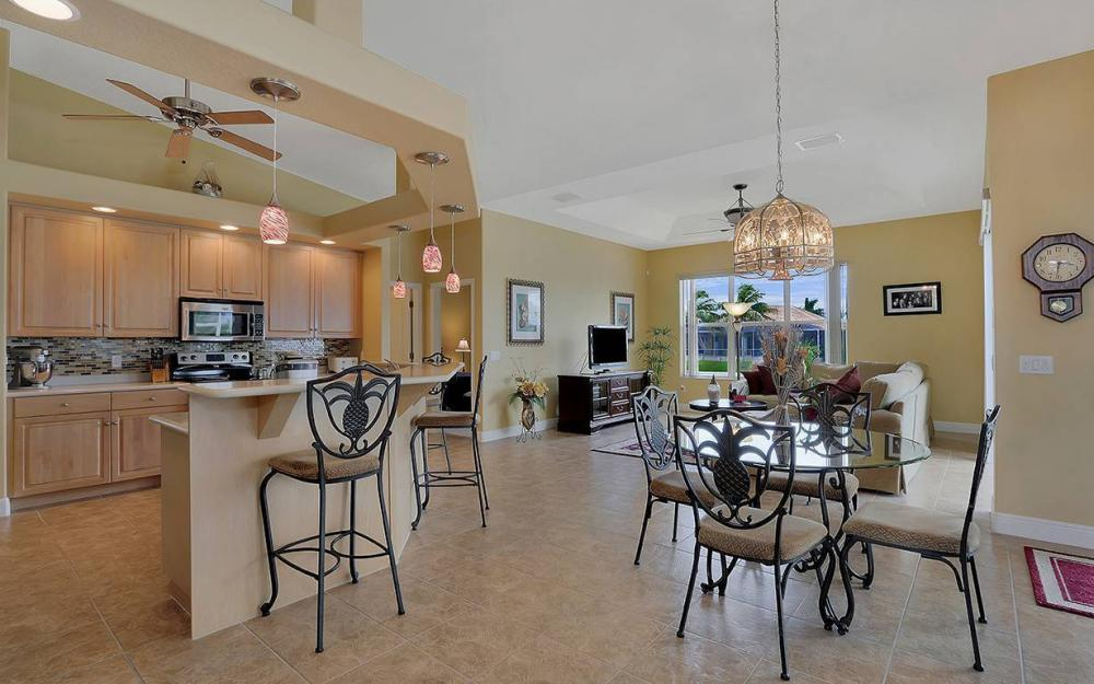 3303 NW 2nd St, Cape Coral - House For Sale 874926833