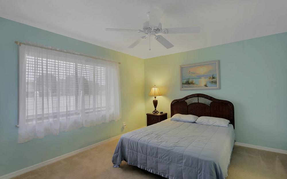 1213 SW 11th Ave, Cape Coral - House For Sale 452893701