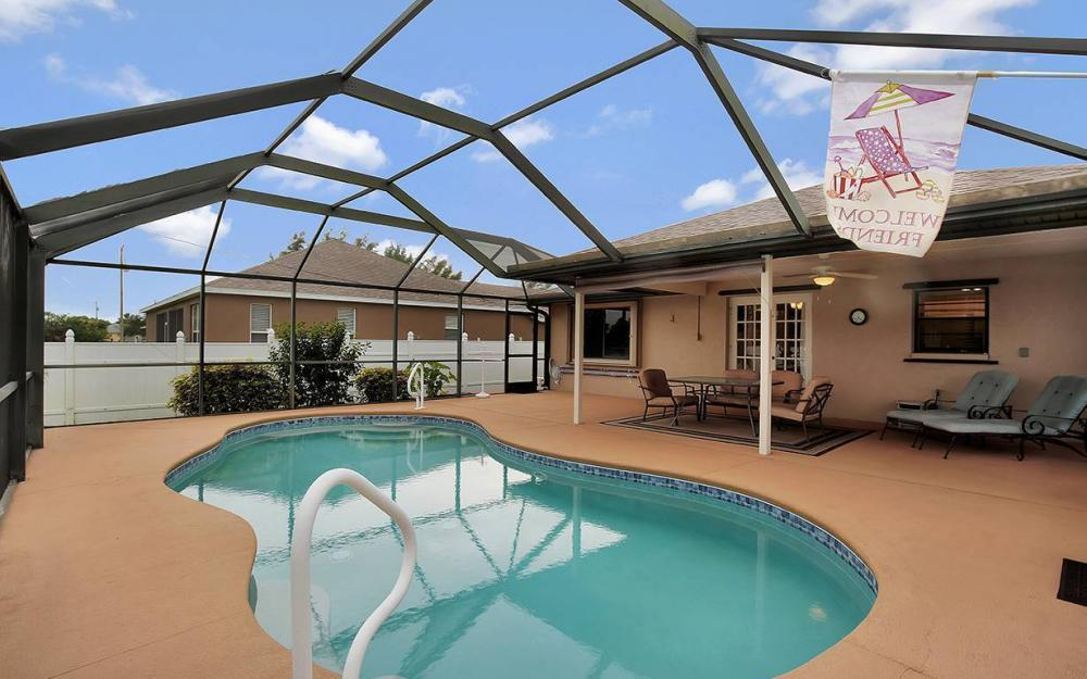 1213 SW 11th Ave, Cape Coral - House For Sale 794087447