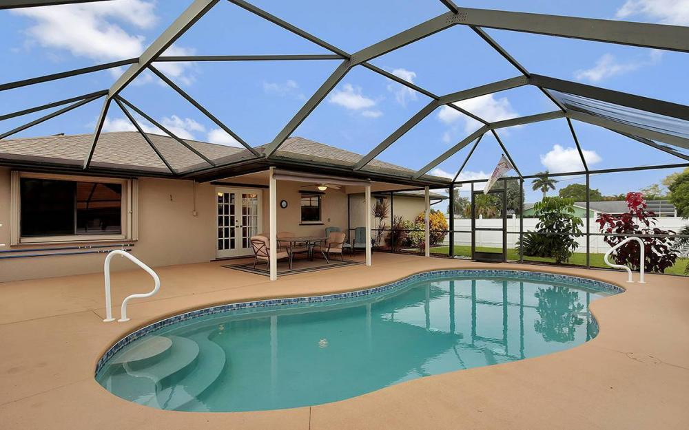 1213 SW 11th Ave, Cape Coral - House For Sale 942224272