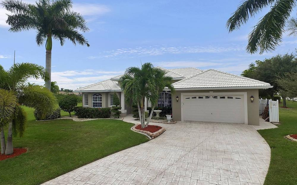 2730 SW 51st St, Cape Coral - House For Sale 1723973607