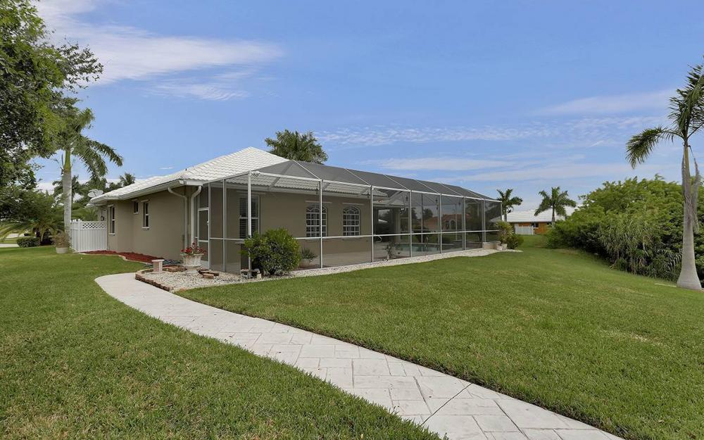 2730 SW 51st St, Cape Coral - House For Sale 1838834241