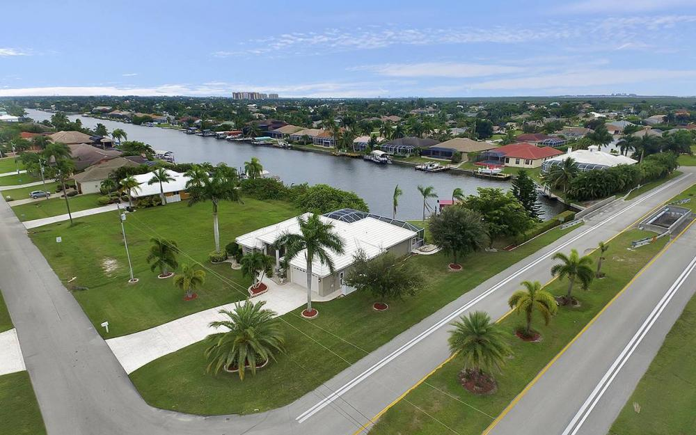 2730 SW 51st St, Cape Coral - House For Sale 363201481