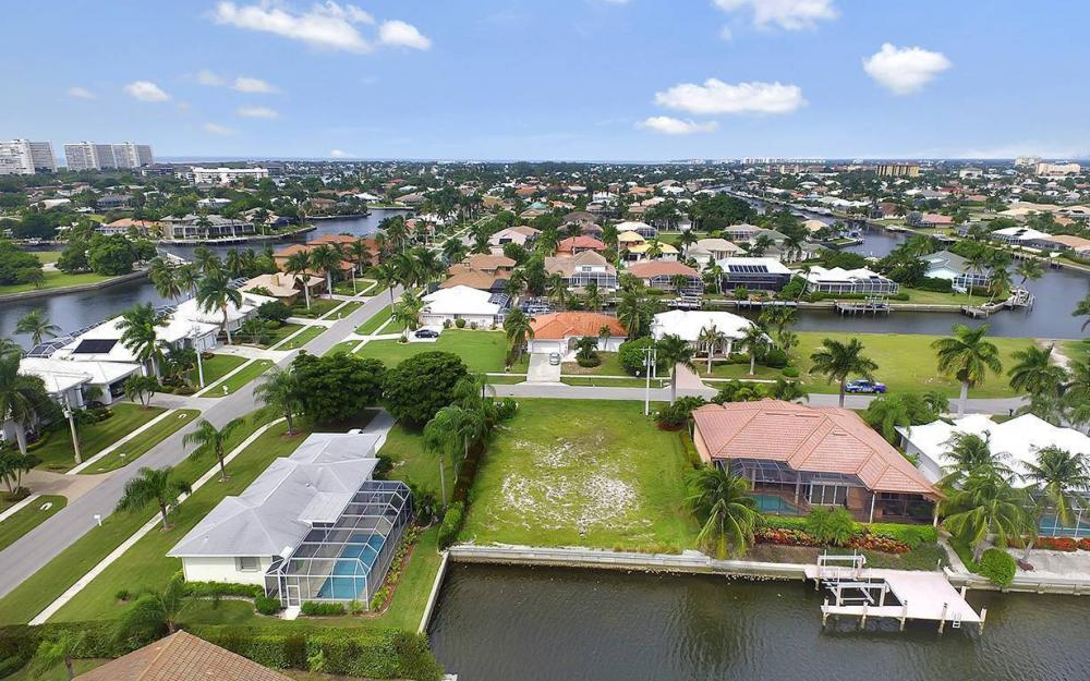 911 Ruby Ct, Marco Island - Lot For Sale 1311467109