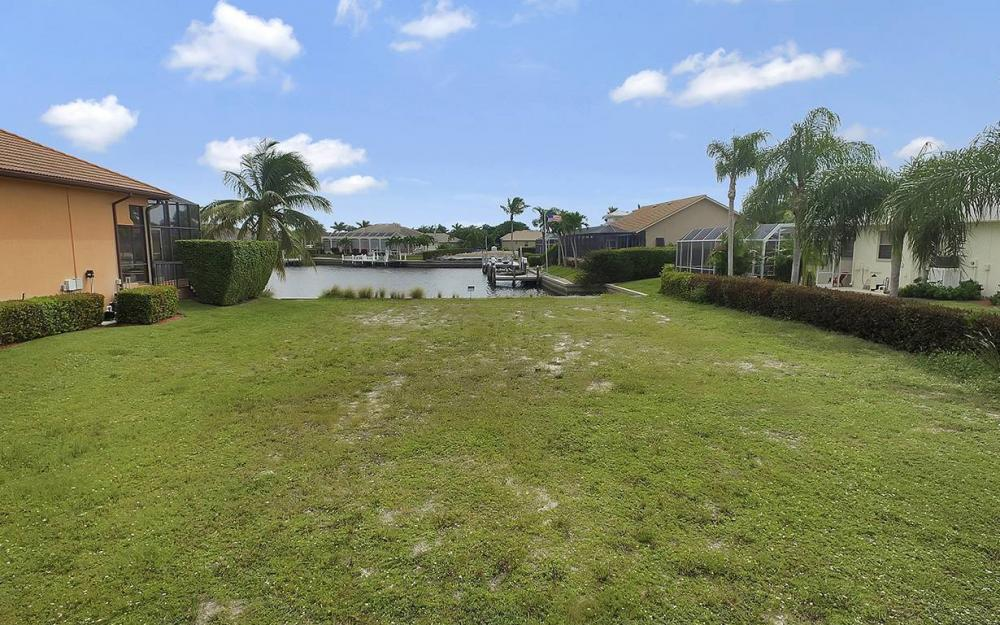 911 Ruby Ct, Marco Island - Lot For Sale 1709163504