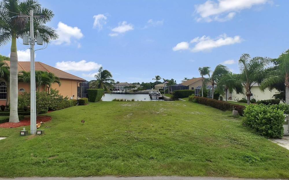911 Ruby Ct, Marco Island - Lot For Sale 1515193899