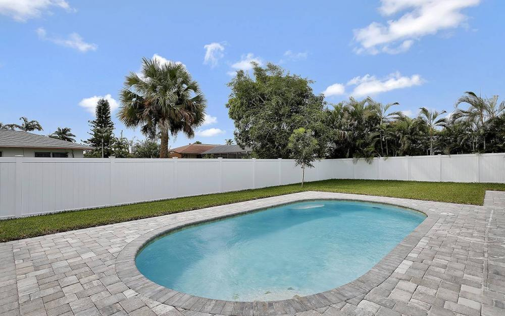 1215 6th Ave, Marco Island - House For Sale 1840422021