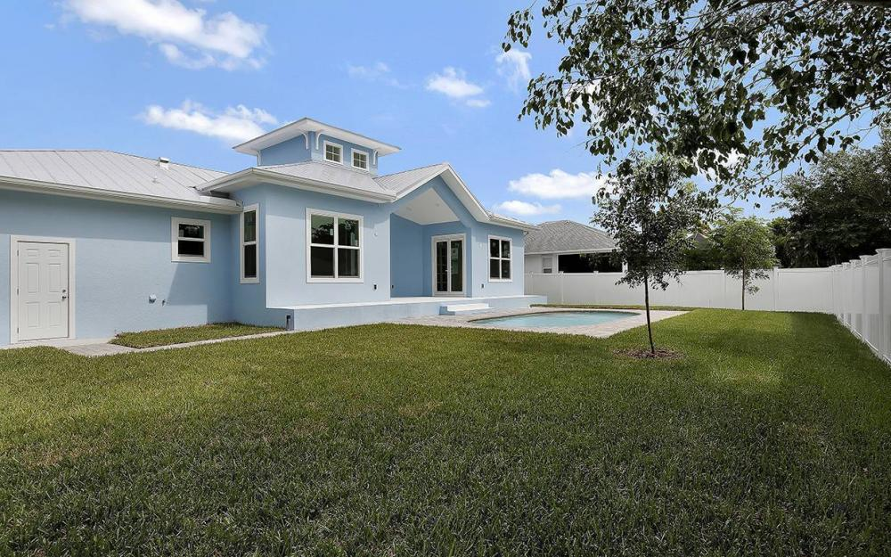 1215 6th Ave, Marco Island - House For Sale 1062564437