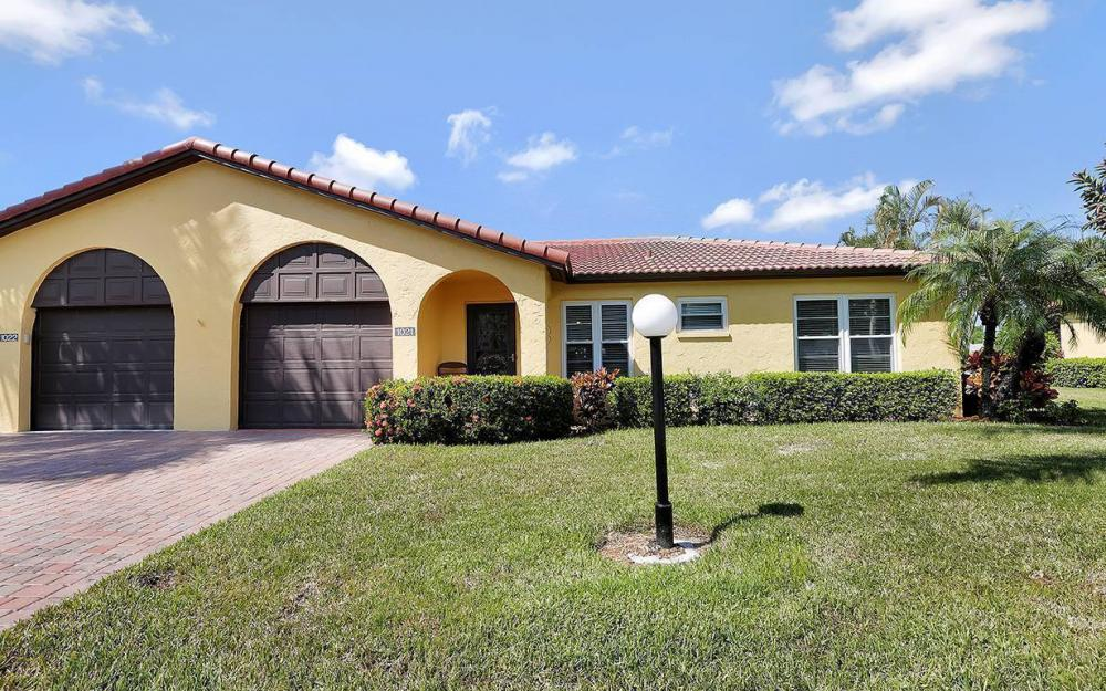 1021 Forest Lakes Dr, Naples - House For Sale 1066407459
