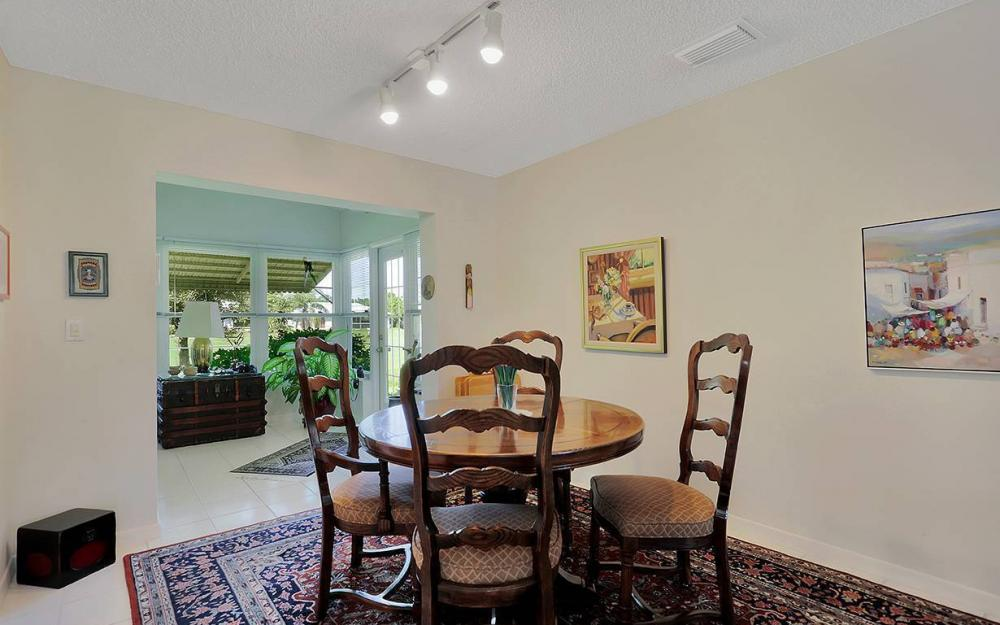 1021 Forest Lakes Dr, Naples - House For Sale 896075923