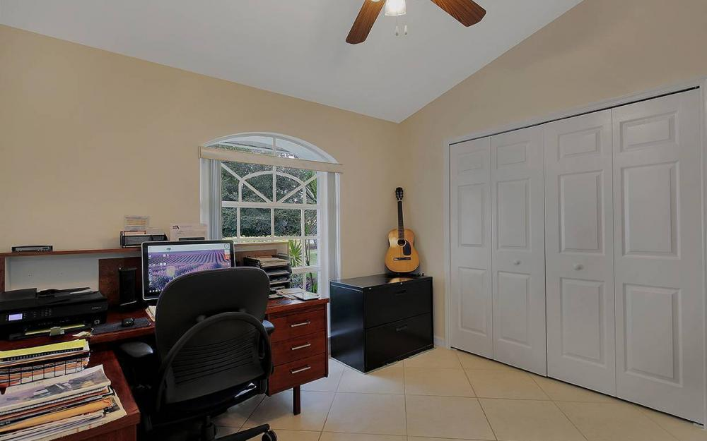 1380 Massey St, Naples - House For Sale 1290112357