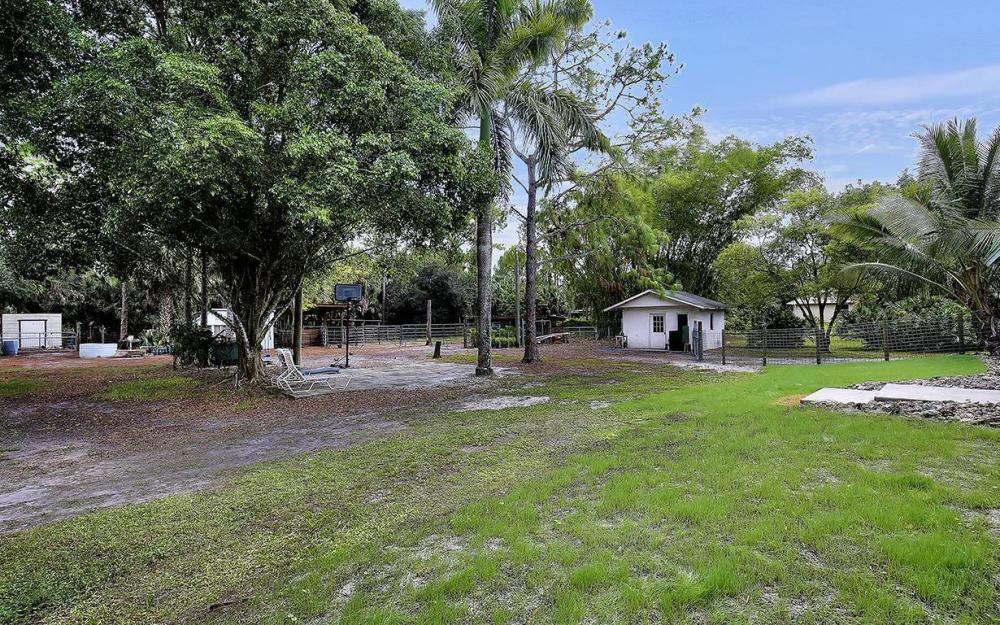 1380 Massey St, Naples - House For Sale 1929355546