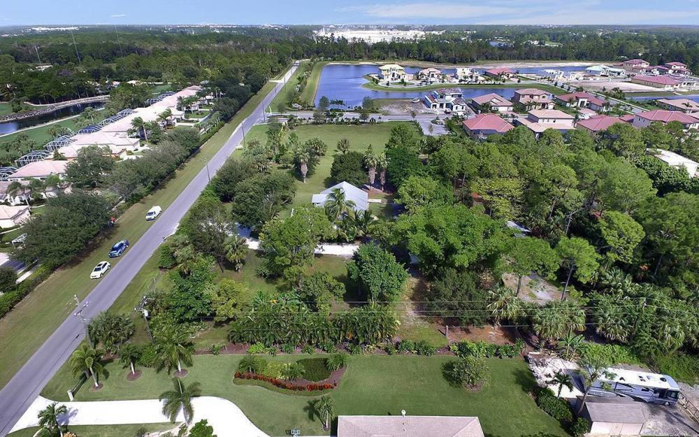 1380 Massey St, Naples - House For Sale 96776171