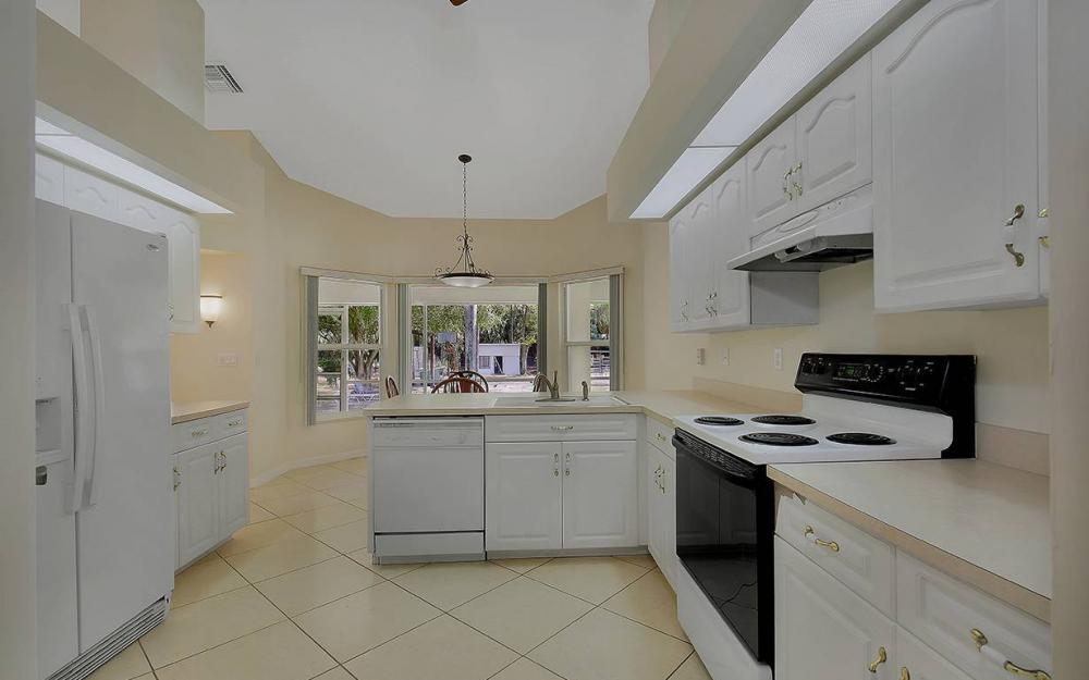 1380 Massey St, Naples - House For Sale 350644778