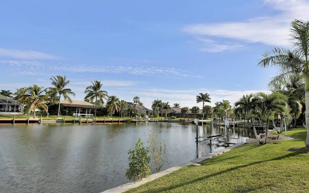 1817 SW 49th Ter, Cape Coral - House For Sale 1694178550