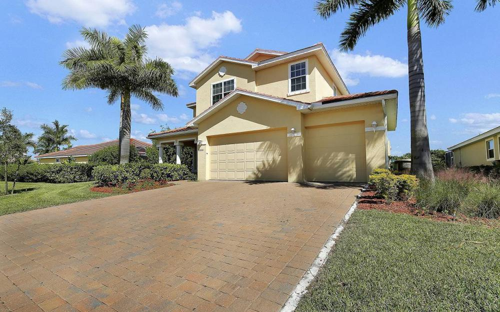 1801 Cayon Ct, Cape Coral - House For Sale 215959468