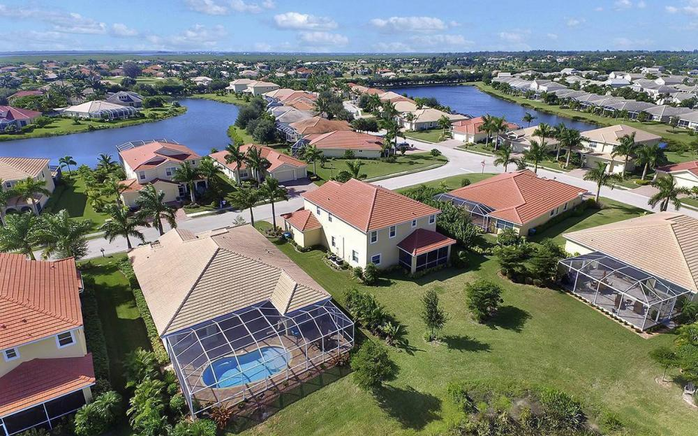 1801 Cayon Ct, Cape Coral - House For Sale 2073395156
