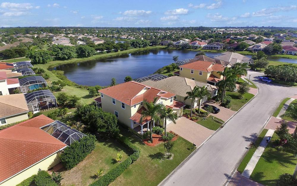 1801 Cayon Ct, Cape Coral - House For Sale 1062464816
