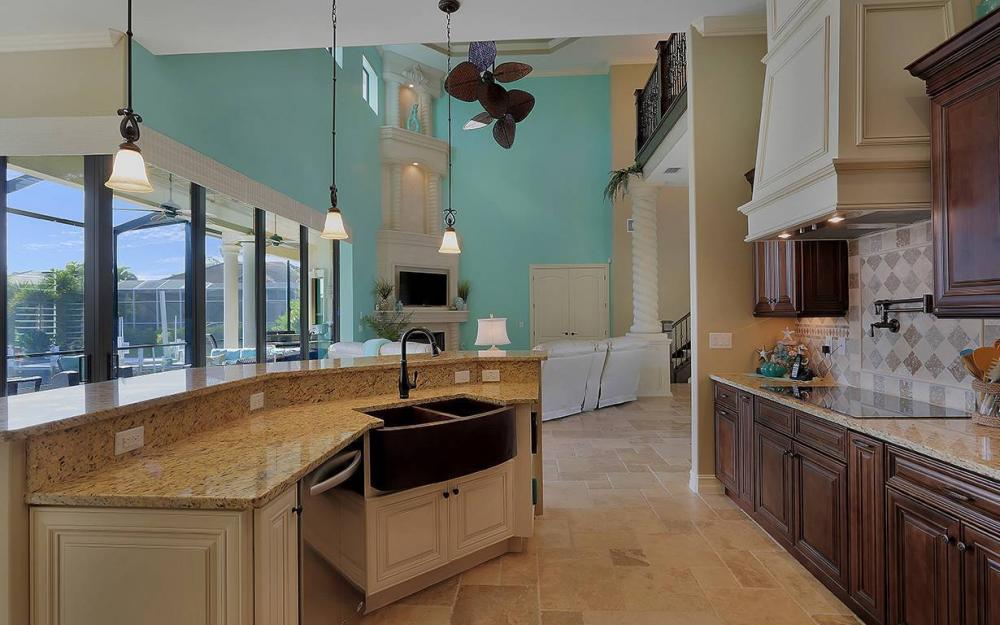33 Copperfield Ct, Marco Island - House For Sale 1984816786