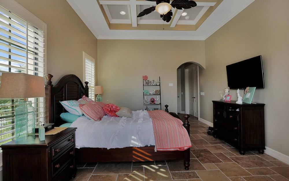 33 Copperfield Ct, Marco Island - House For Sale 880930733