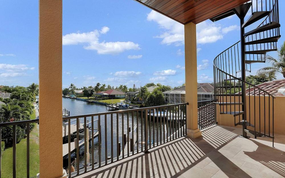 33 Copperfield Ct, Marco Island - House For Sale 1719618883