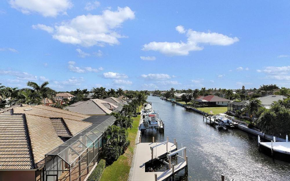 33 Copperfield Ct, Marco Island - House For Sale 1994163440