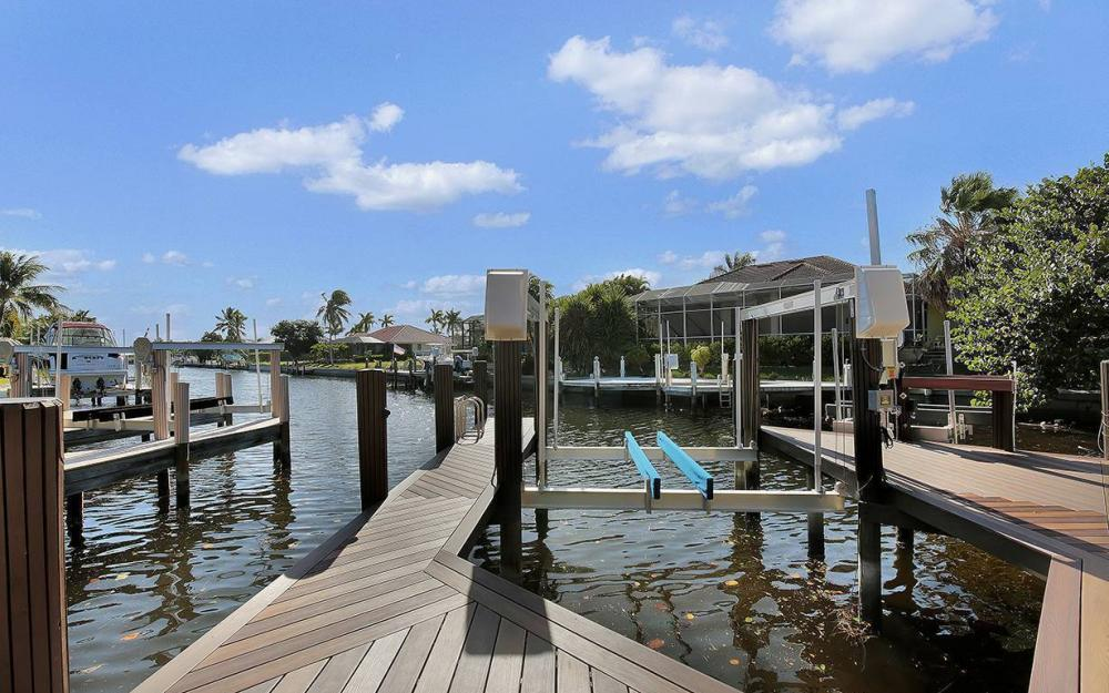 33 Copperfield Ct, Marco Island - House For Sale 275281130