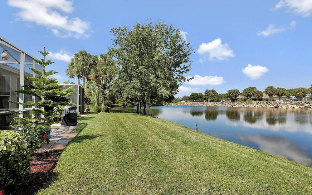 21425 Knighton Run, Estero - House For Sale 2113427449