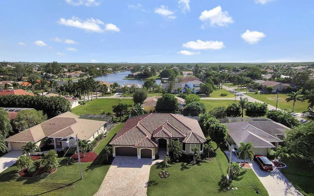 2624 SW 52nd Ter, Cape Coral - House For Sale 762100880