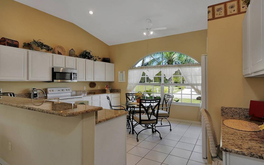 1562 NW 28th Ave, Cape Coral - House For Sale 2134991819
