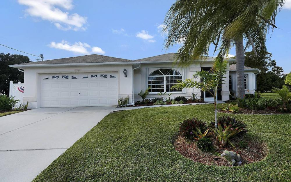 1562 NW 28th Ave, Cape Coral - House For Sale 850616736