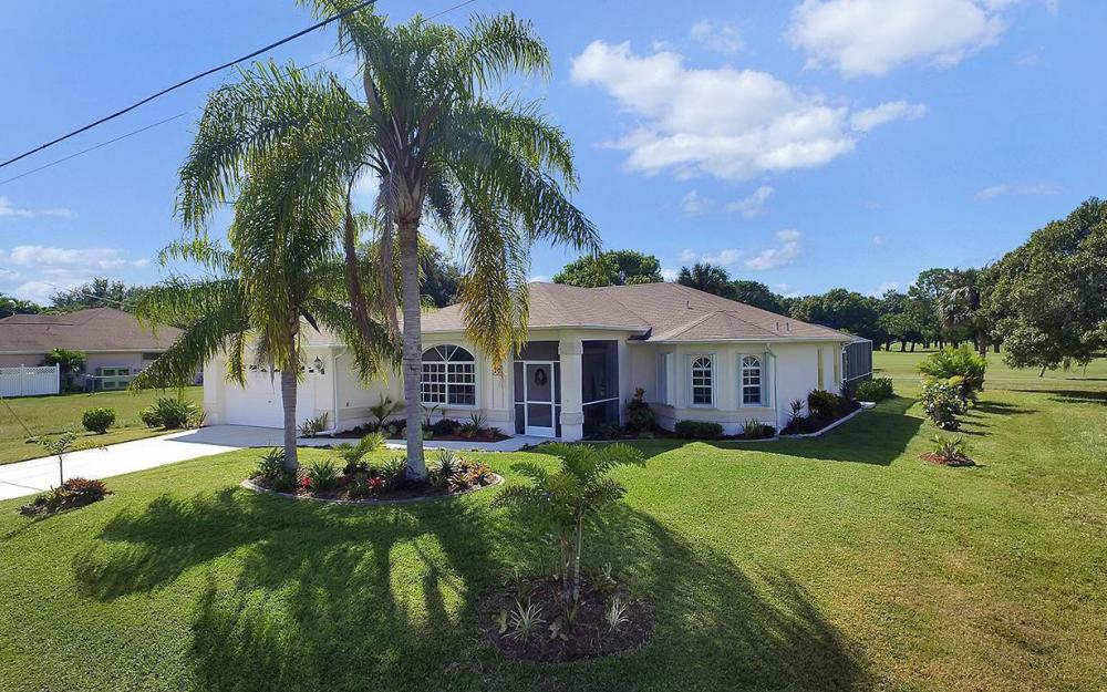 1562 NW 28th Ave, Cape Coral - House For Sale 1920854128