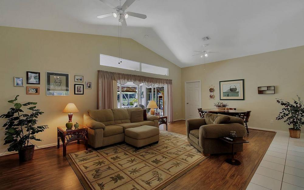 1562 NW 28th Ave, Cape Coral - House For Sale 443087322