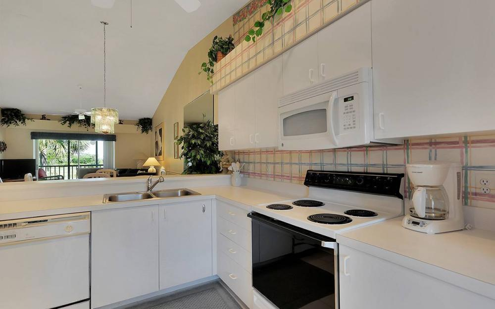 14531 Hickory Hill Ct #323, Ft.Myers - Condo For Sale 1339040608