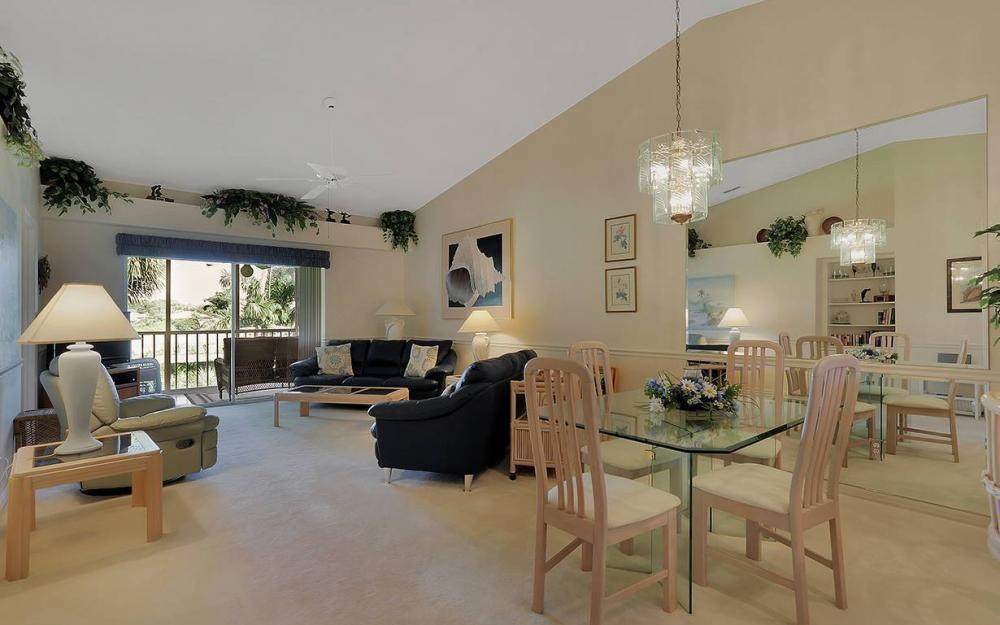 14531 Hickory Hill Ct #323, Ft.Myers - Condo For Sale 1925127226