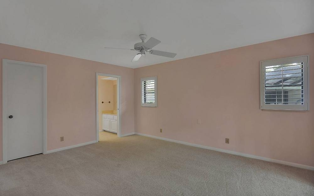 3043 Round Table Ct, Naples - House For Sale 2142410478