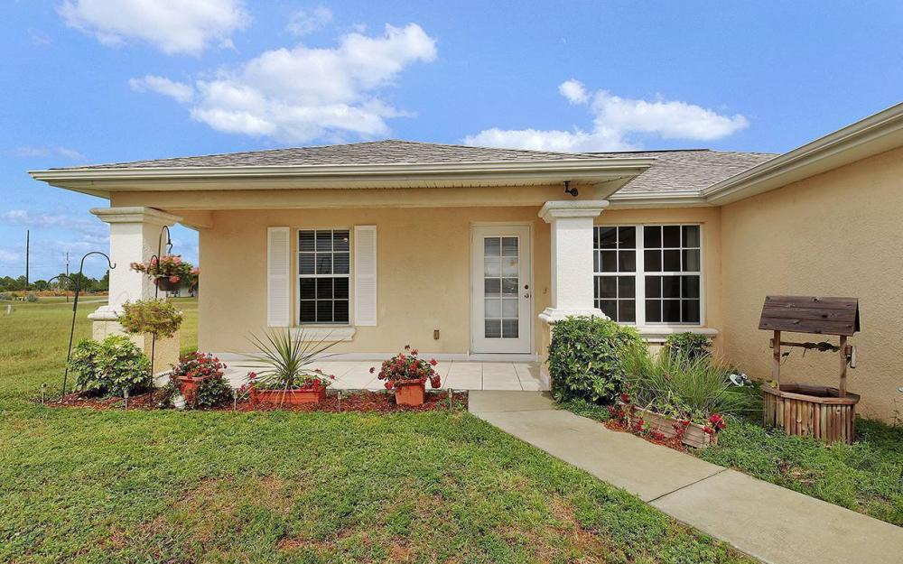 825 NE 44th St, Cape Coral - House For Sale 1472810910