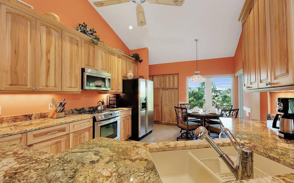 1074 Whiteheart Ct, Marco Island - House For Sale 432582026