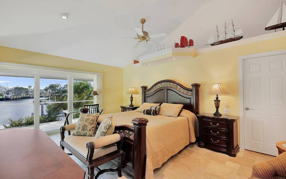 1074 Whiteheart Ct, Marco Island - House For Sale 1894911822