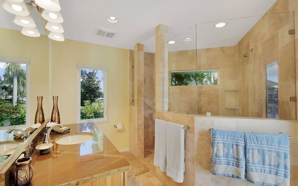 1074 Whiteheart Ct, Marco Island - House For Sale 491241536