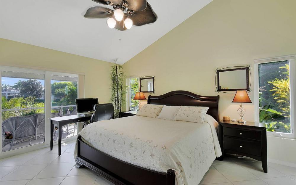 1074 Whiteheart Ct, Marco Island - House For Sale 1785336157