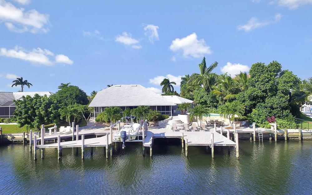 1074 Whiteheart Ct, Marco Island - House For Sale 350740441